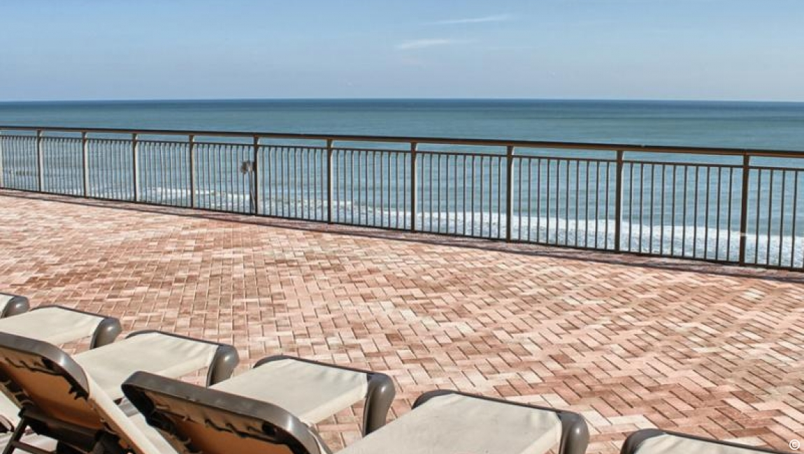 Seventh floor sun deck in Myrtle Beach