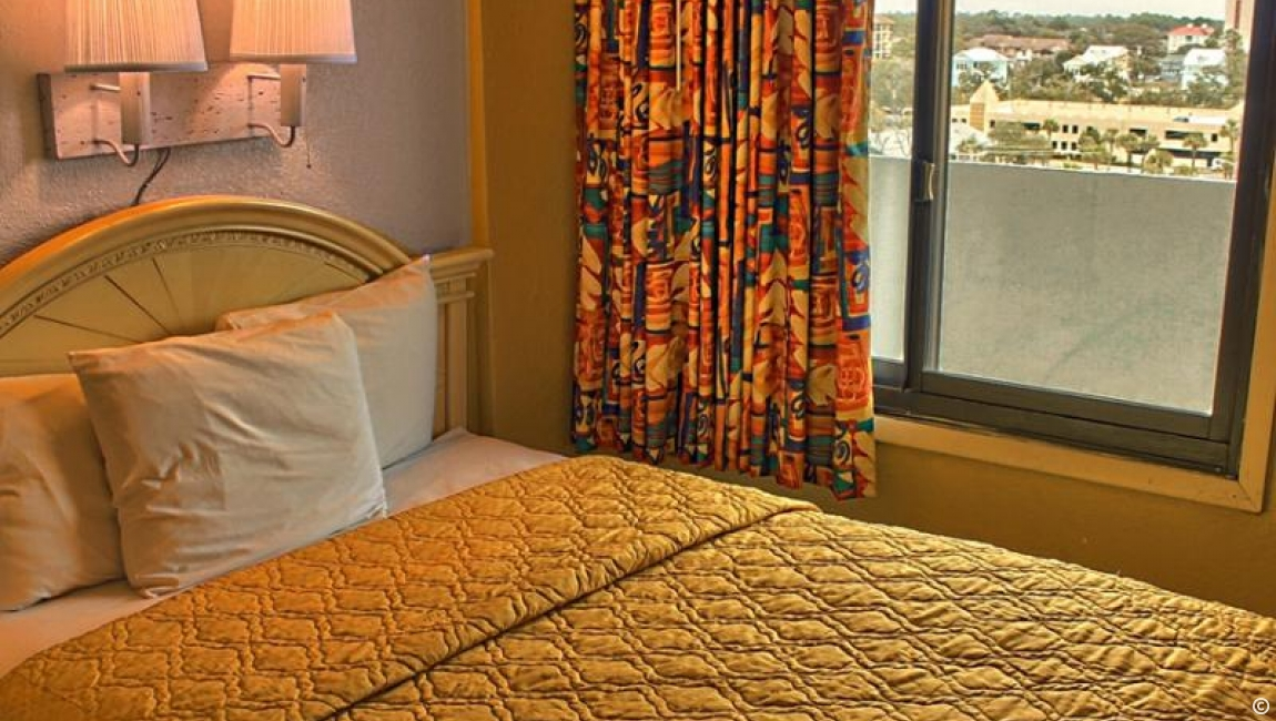 Ocean View Bedroom in Myrtle Beach Suite