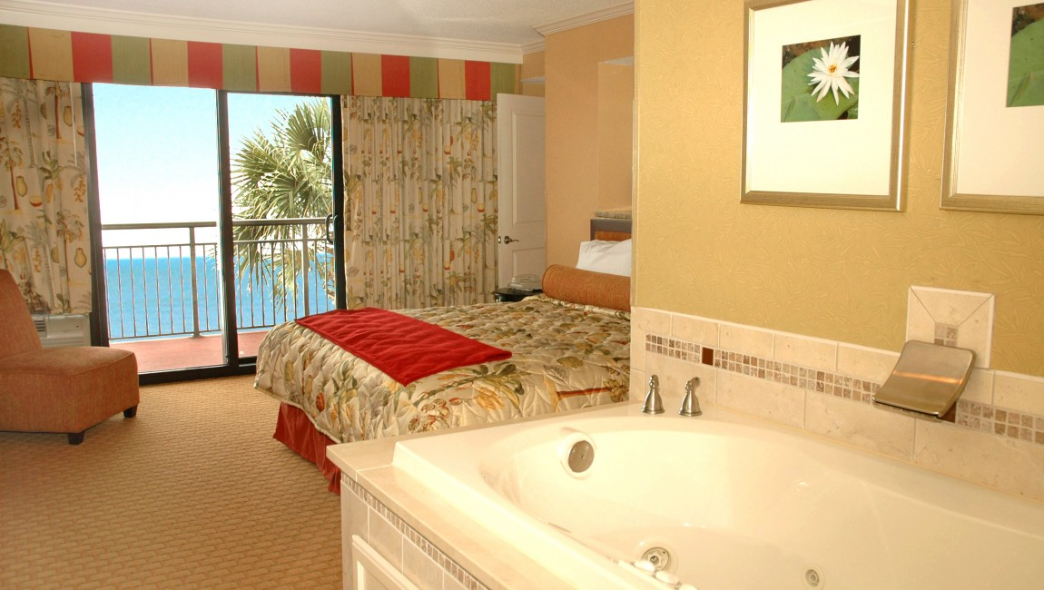 Accommodations Spotlight Oceanfront Jacuzzi Suite-Your Romantic Getaway