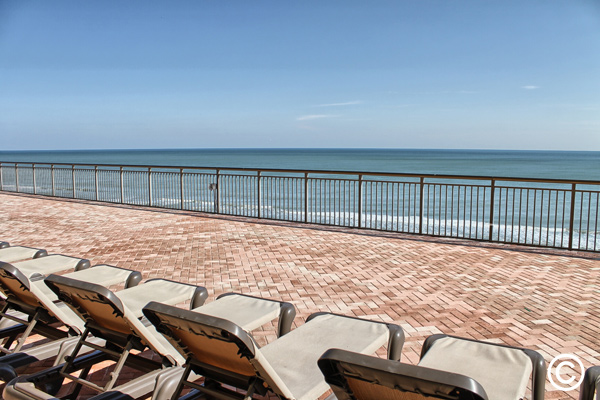 The 7th floor sun deck is a great spot to sneak away to soak up the sun in a quieter environs. An ocean breeze is usually blowing on the sun deck to give you a day in relaxing comfort.