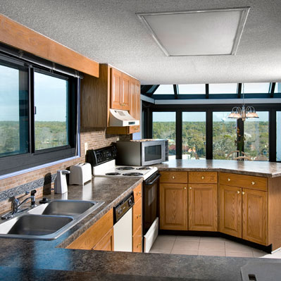 The Sea Mark Tower suites feature full kitchens.
